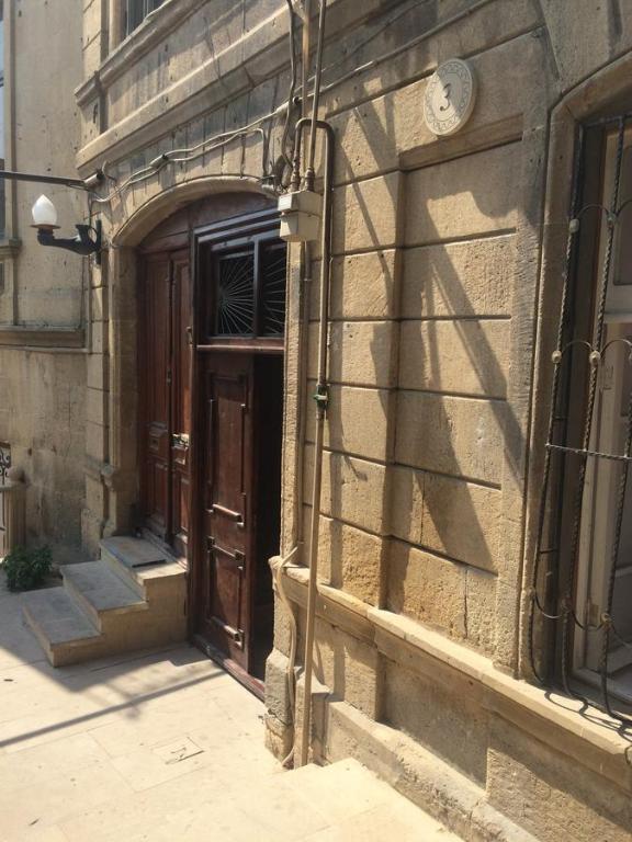 Апартаменты Старый город 3 рядом с кафе Бану