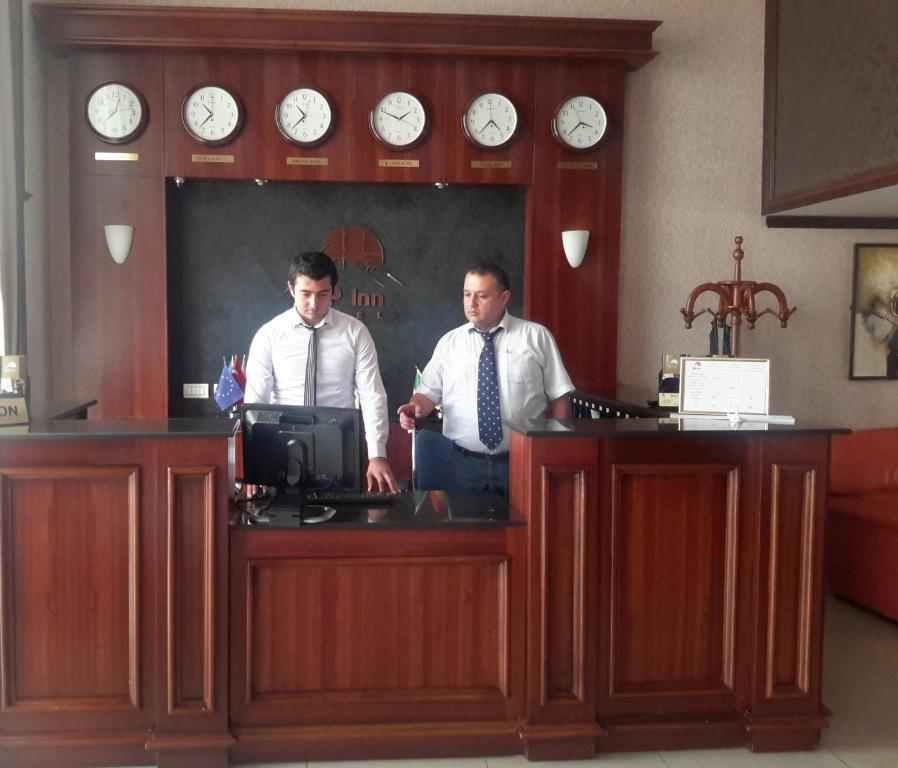 Отель Alp Inn