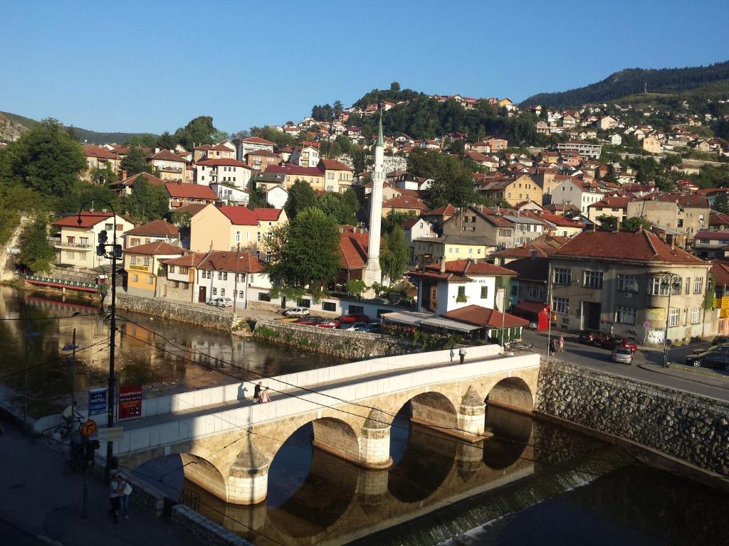Toplik, Сараево, Босния и Герцеговина