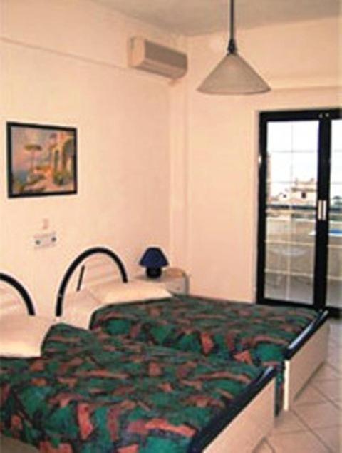 Новое жилье в Агиа Анна на берегу моря