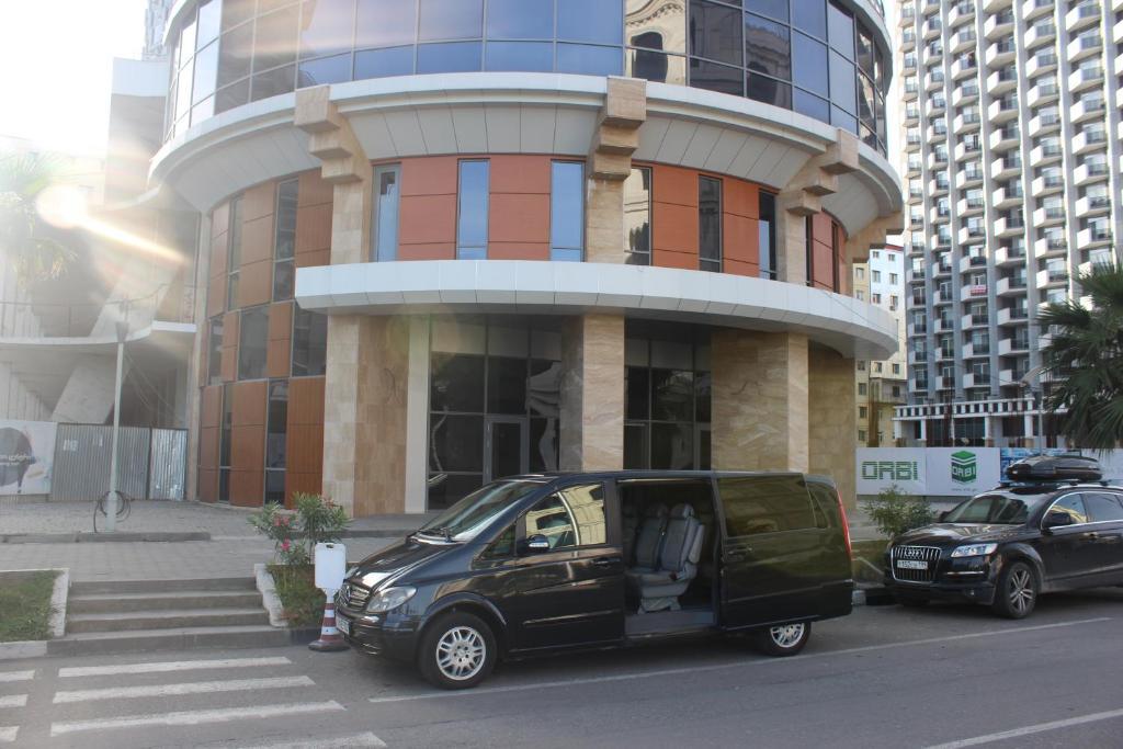 Комплекс апартаментов Holiday Lux Batumi