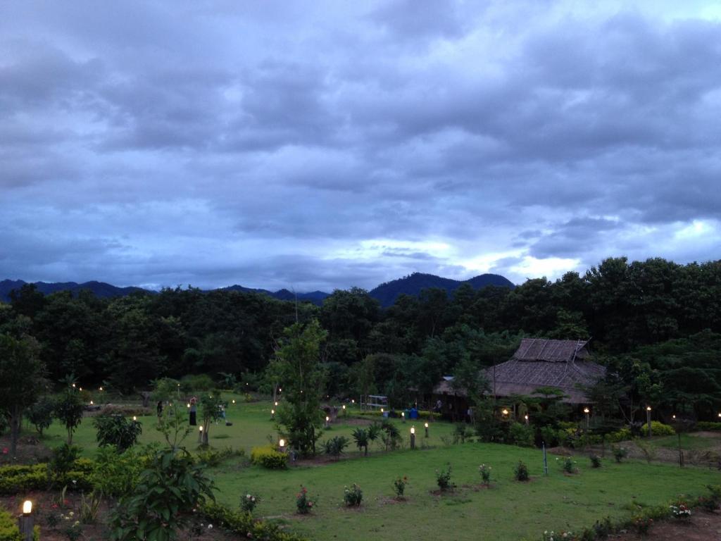 Загородный отель Paipunthong, Пай