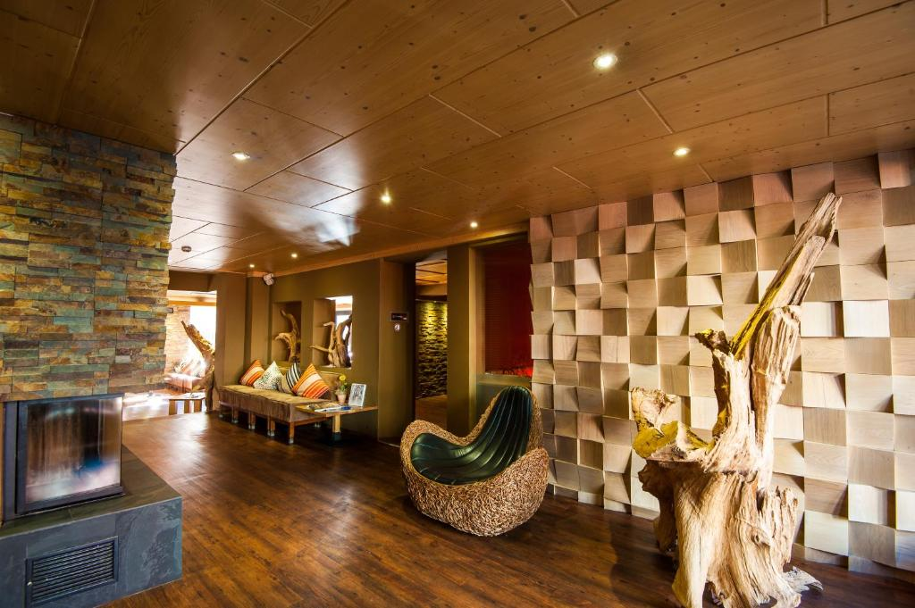 Living max hotel sterreich zell am see for Designhotel zell am see living max