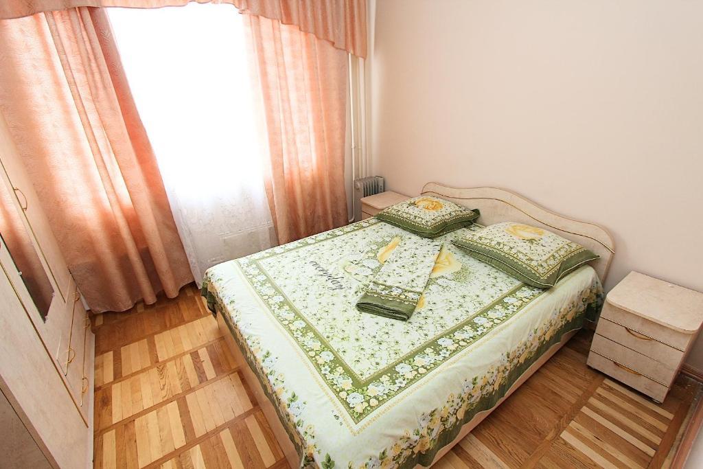 Апартаменты Маяк на Молдагуловой, Алматы, Казахстан
