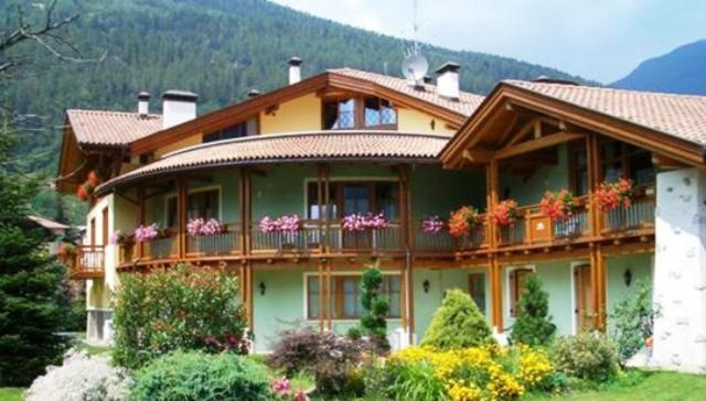 Residence il giardino residence il giardino - Residence il giardino bellaria ...