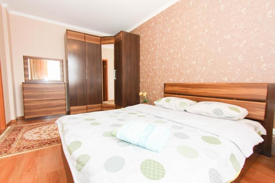 Апартаменты на Абайя 8, Астана, Казахстан