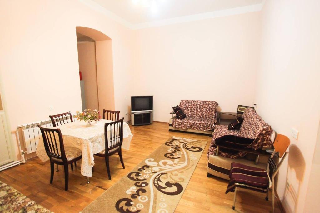 Апартаменты На улице Шейха Шамиля, Баку, Азербайджан