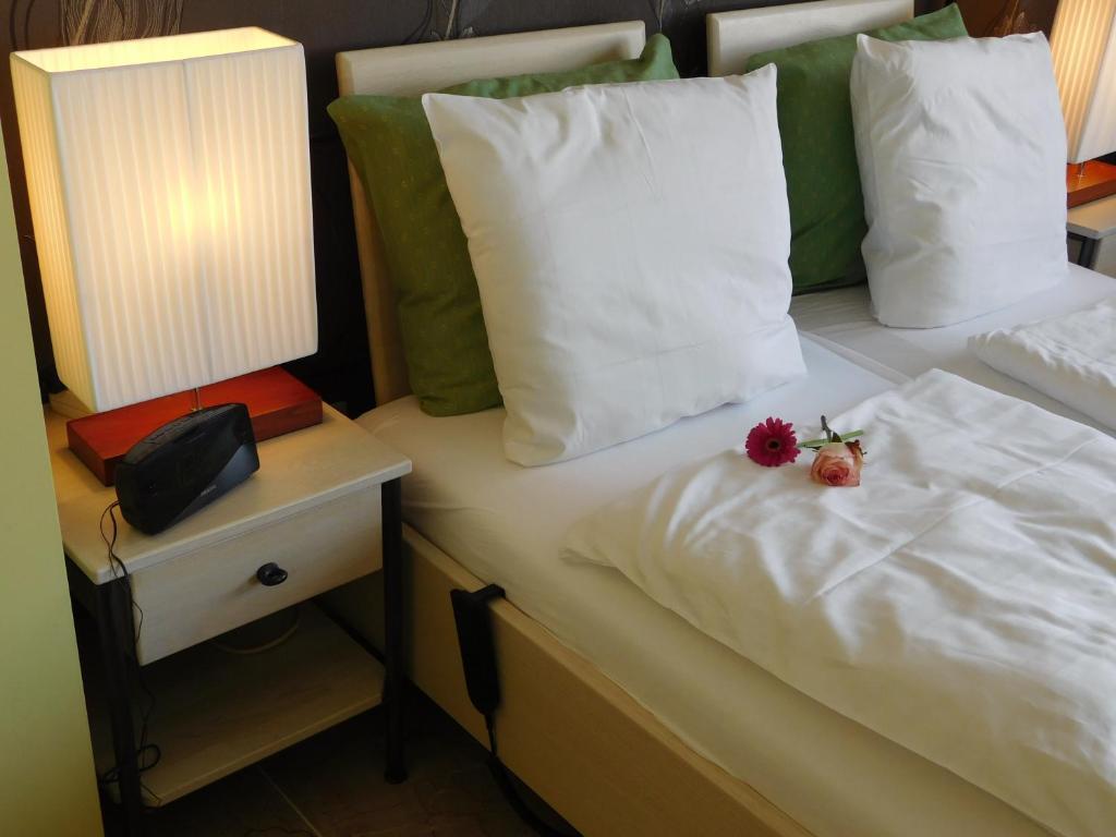 Hotel Golden Dragon, Мол, Бельгия