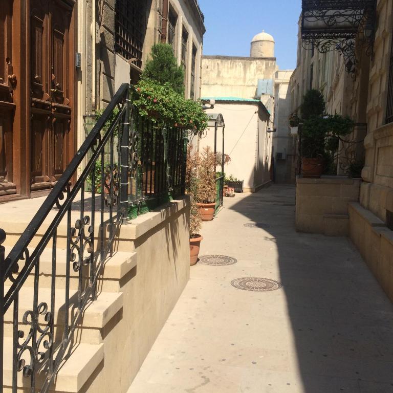Апартаменты 1 st Gasr Side Street 40