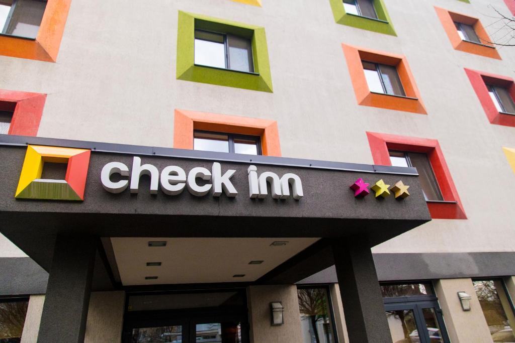 Картинки по запросу проверка отелей