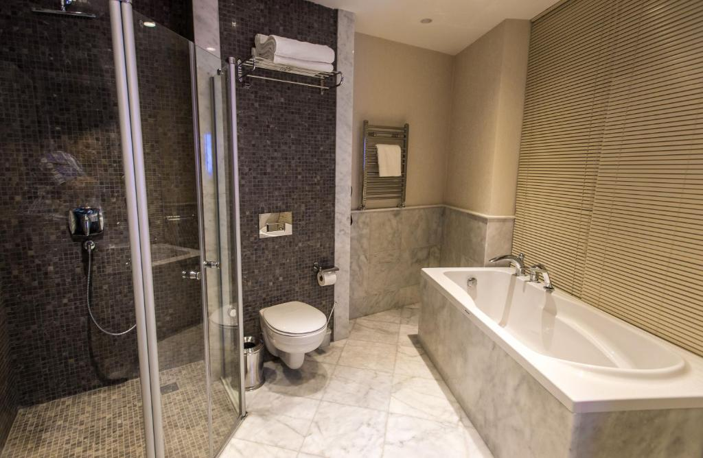 Курортный отель QafqaZ Thermal & Spa Resort Hotel