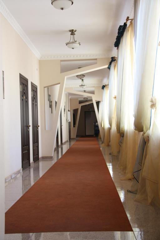 Отель Sun