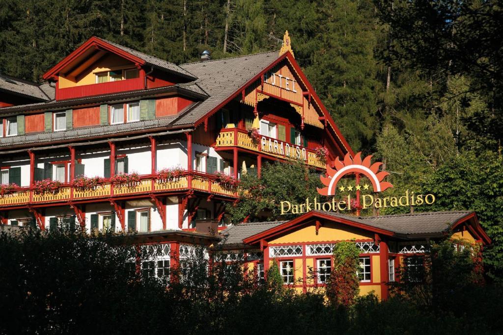 Parkhotel sole paradiso italia san candido - Residence a san candido con piscina ...