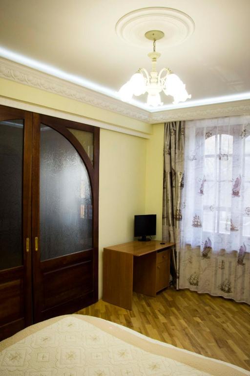 Lyudvig Goloseevskiy, Киев, Украина