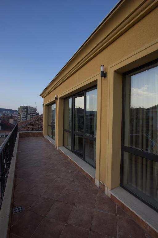 Rubo Apartments, Шумен, Болгария