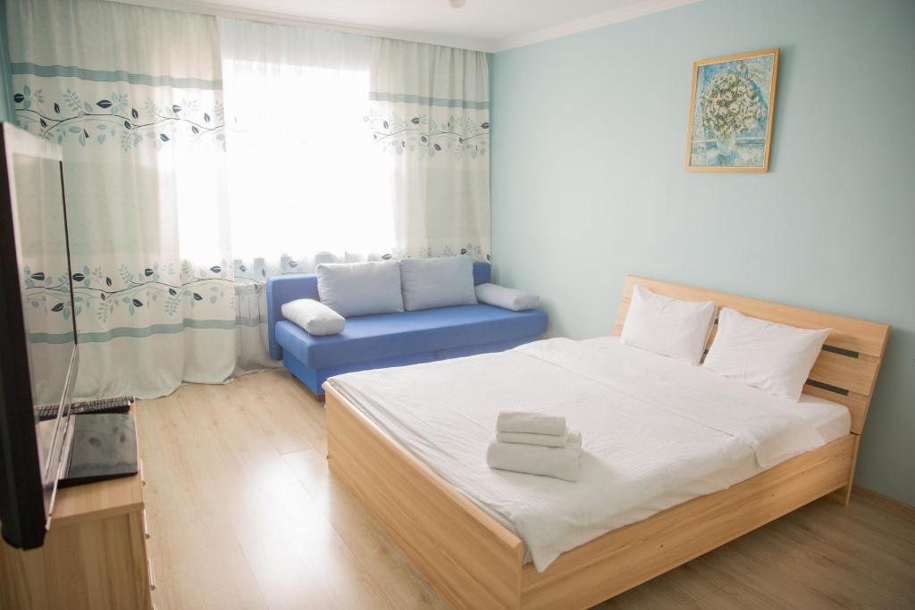 Апартаменты AHome 10 на Бальзака, Алматы, Казахстан