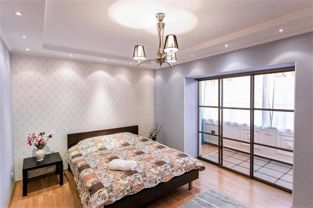Апартаменты AHome 34 на Достык 117б, Алматы, Казахстан