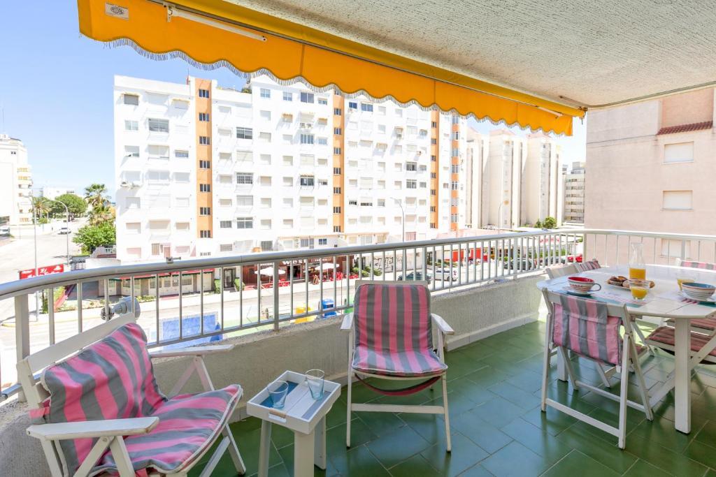 Apartamento playa gandia center gand a t y ban nha - Apartamentos en gandia playa ...
