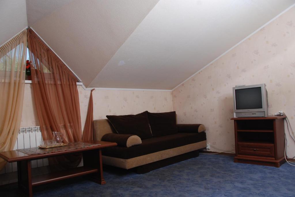 Отель Гостевой двор СПЛ, Днепропетровск, Украина