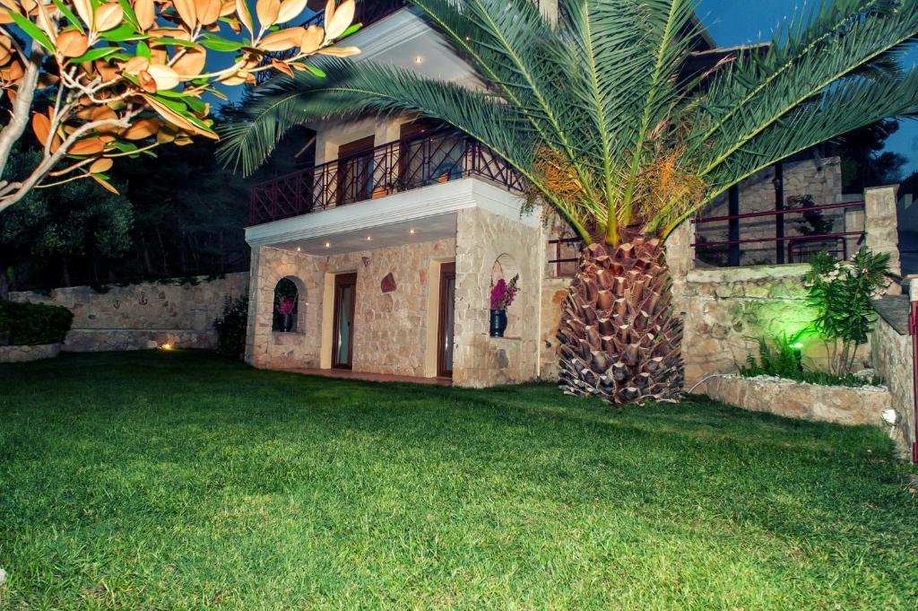Дом в Пефкохори фото цены