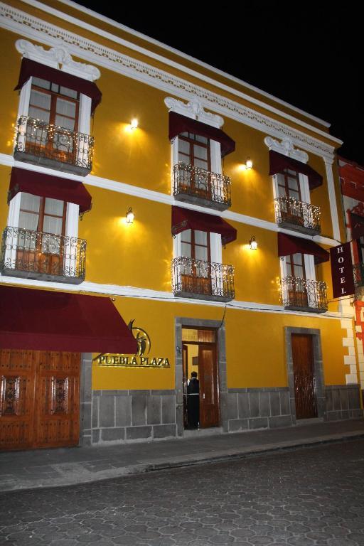 Отель Hotel Puebla Plaza, Пуэбла