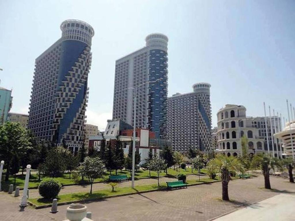 Отель Batumi Black Sea Tower