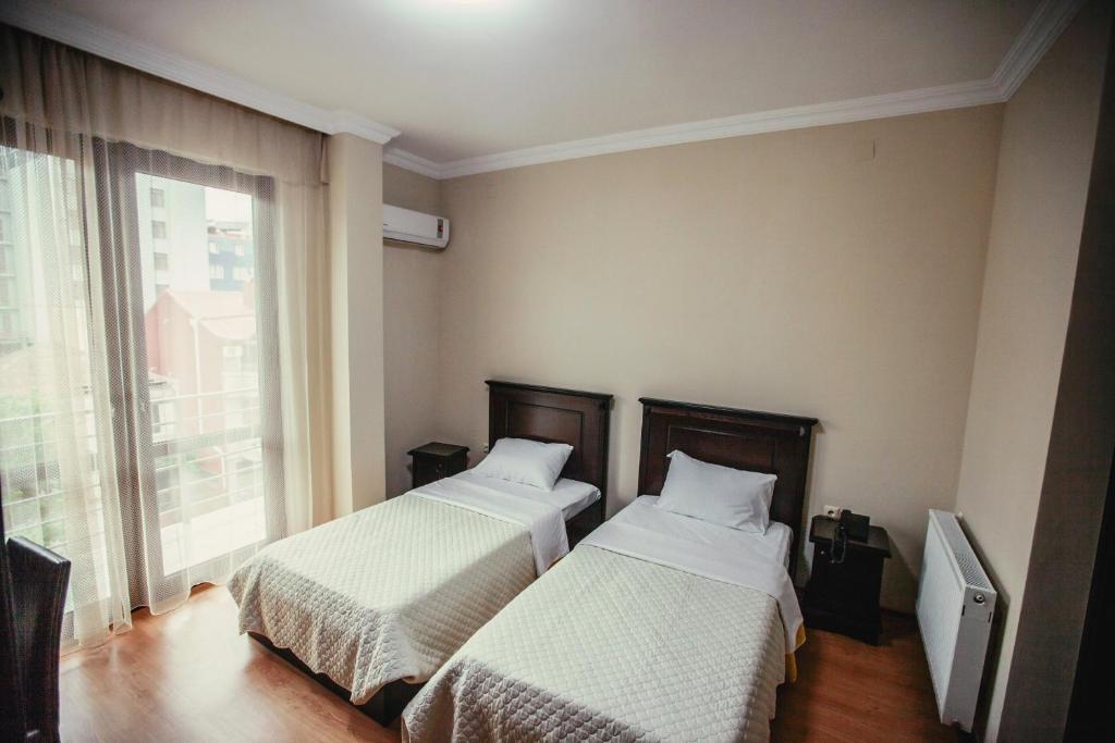 Отель Рива