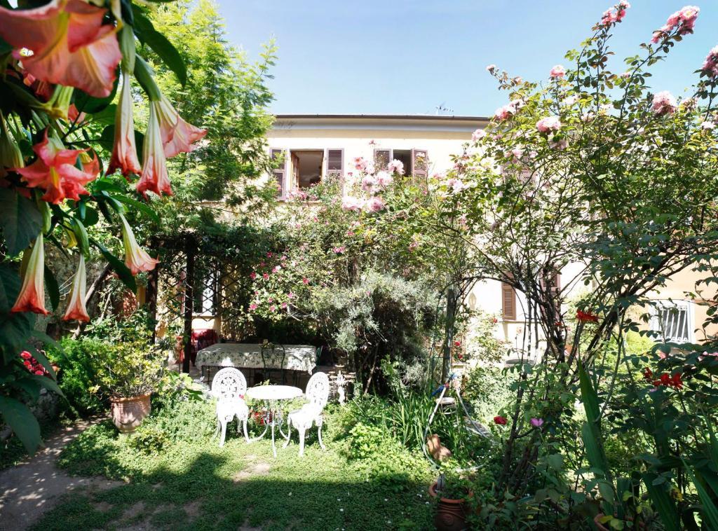 Bed Breakfast Il Giardino Segreto Italia Castelnuovo
