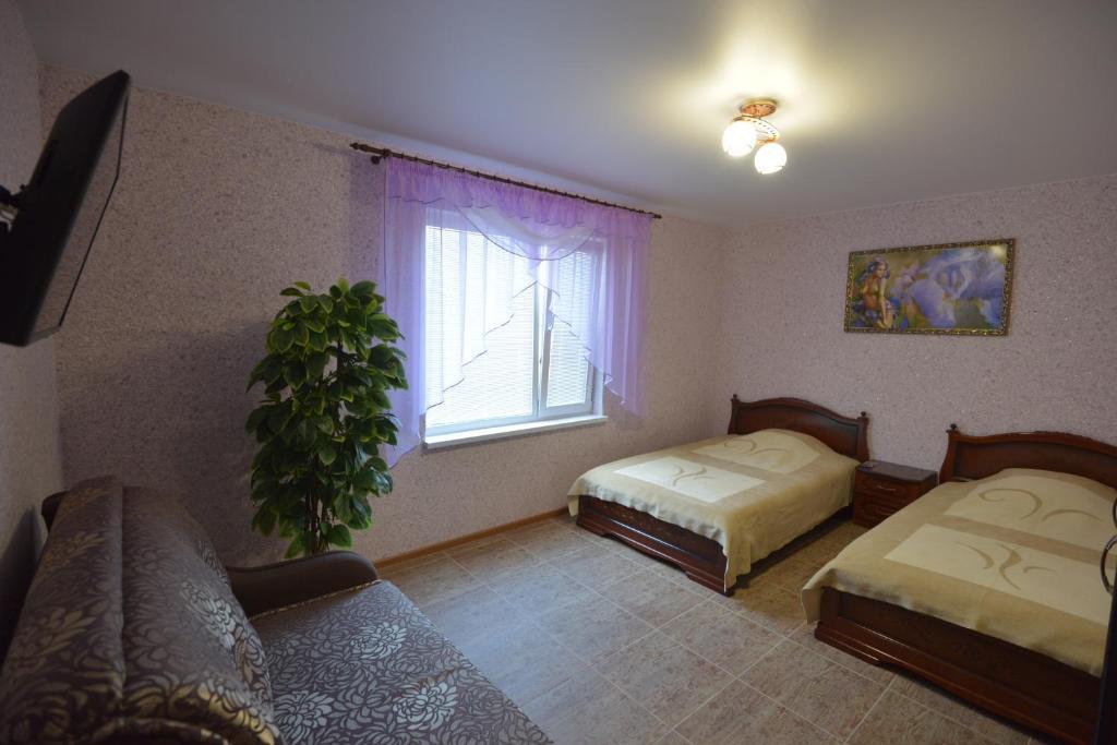 Отель Lux, Алексеевка
