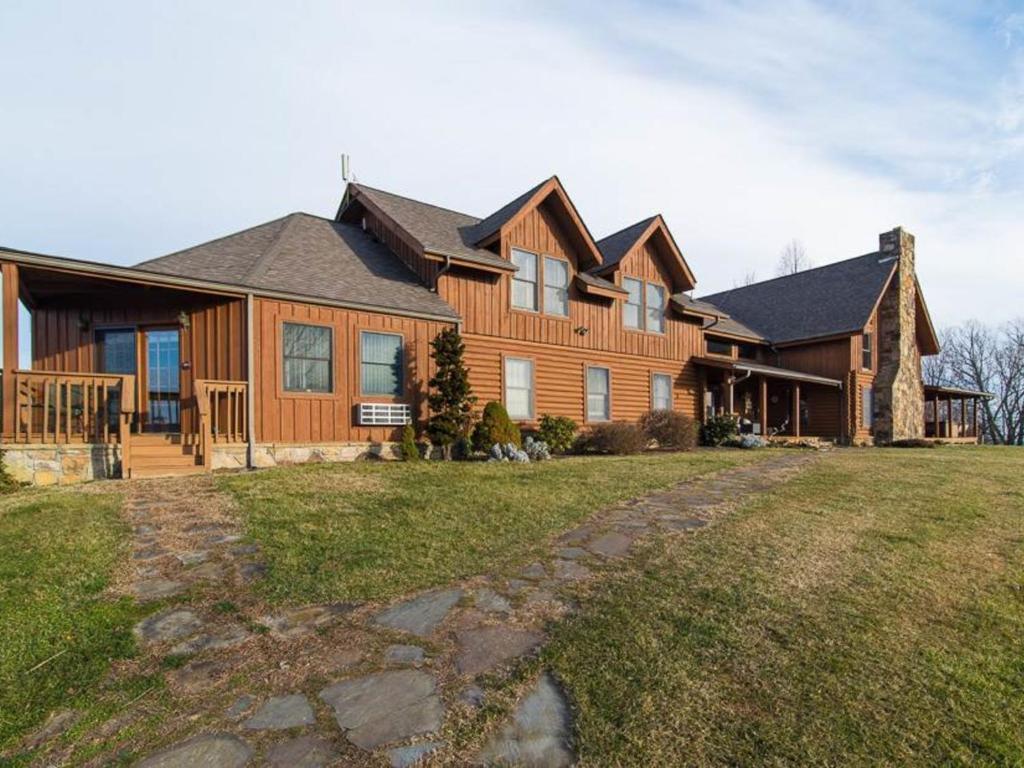Von bryan estate for 37862 vessing terrace