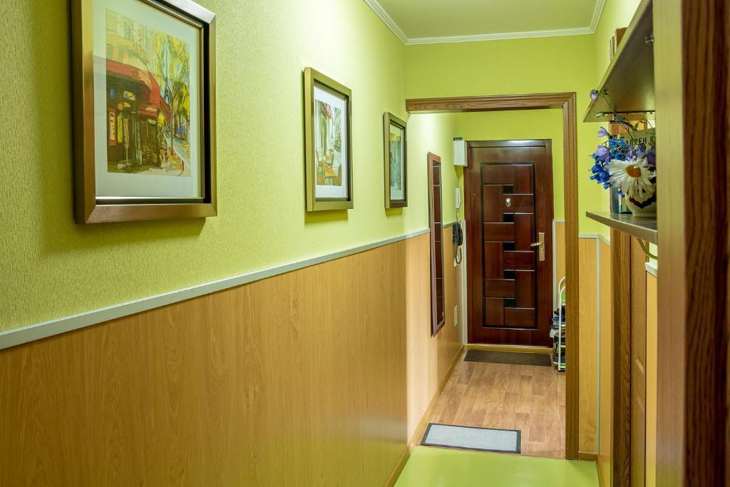 Апартаменты Сайран метро Москва, Алматы, Казахстан