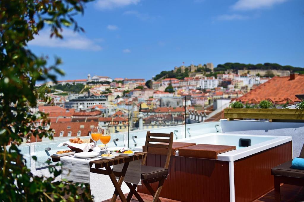 pension casa balthazar portugal lissabon. Black Bedroom Furniture Sets. Home Design Ideas