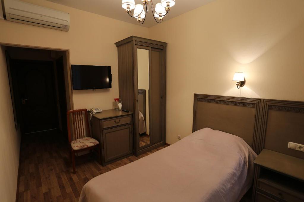 Отель Елочки