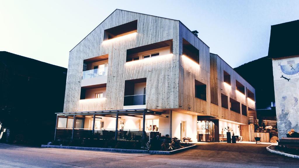 Gourmet boutique hotel tanzer italien pfalzen for Design hotel dolomiten