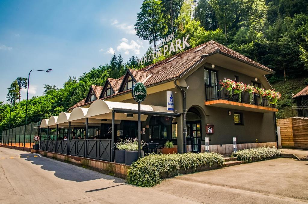 Penzion Park, Ласко, Словения
