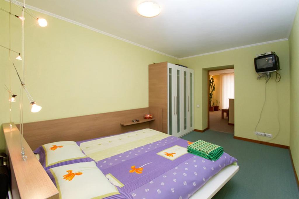 Апартаменты в центре 2, Киев, Украина