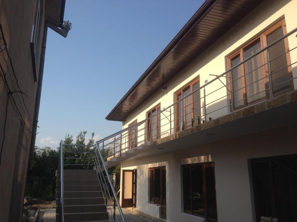 Гостевой дом На Абазинской, Гудаута, Абхазия