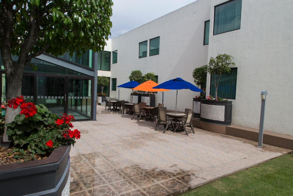 rio san juan latin singles 28242 camino del rio, san juan capistrano, ca is a single family home that contains 2,058 sq ft and was built in 2013 it contains 3 bedrooms and 25 bathrooms.