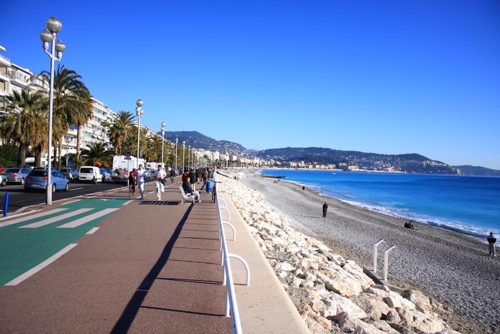 Image result for phố đi bộ Promenade des Anglais