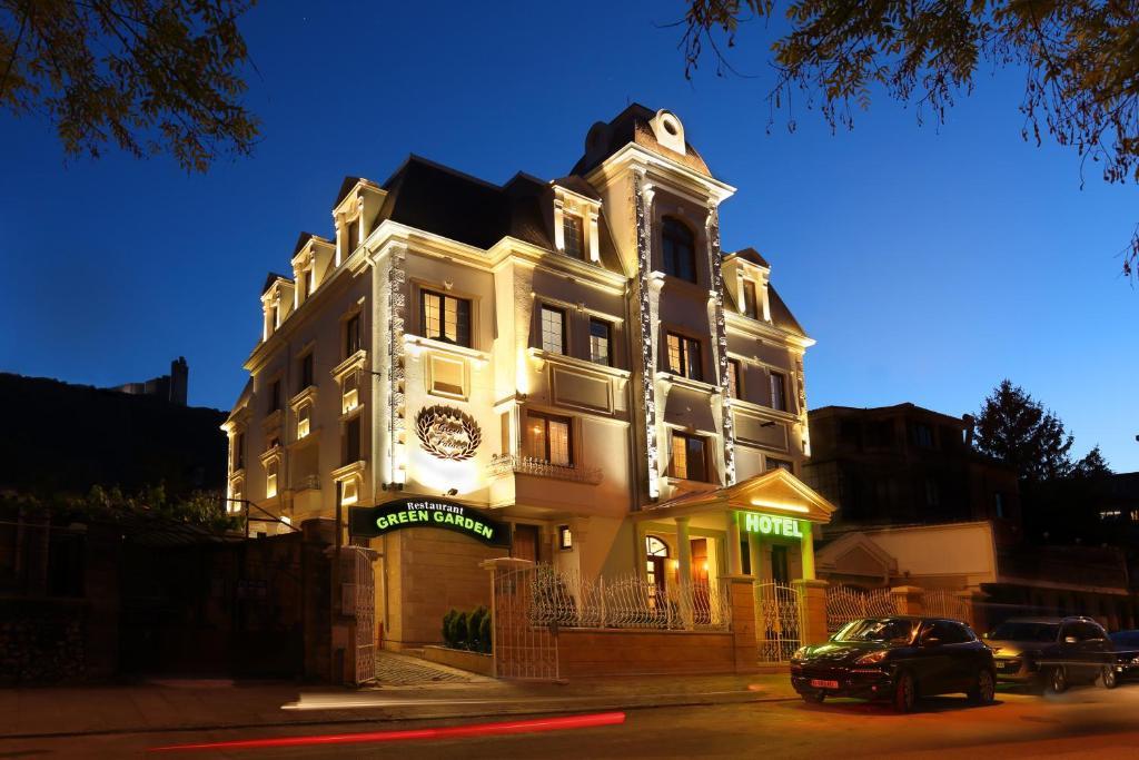 Green Palace Hotel, Шумен, Болгария