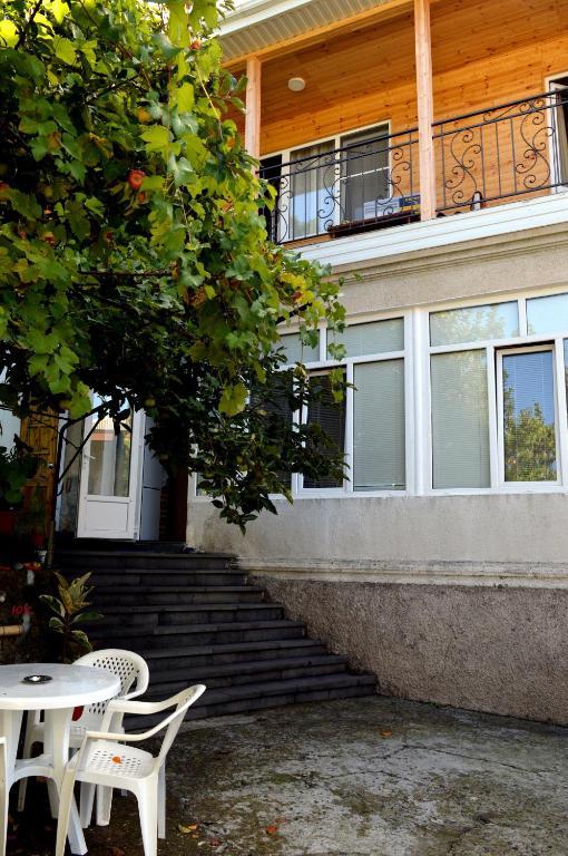 Гостевой дом На Кабардинской 107