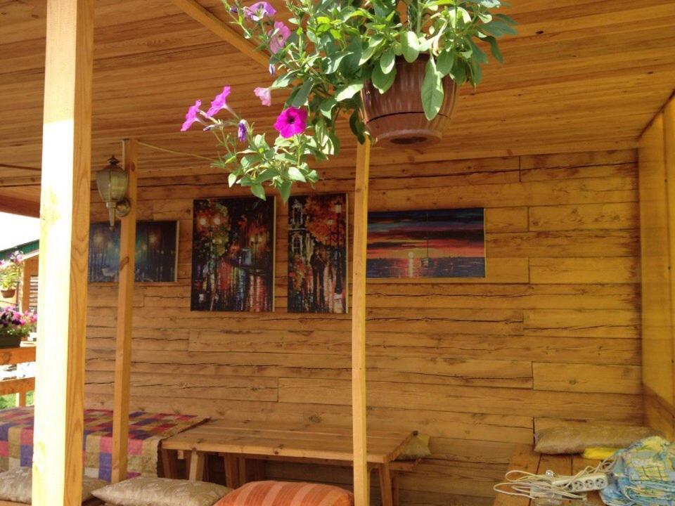 Гостевой дом В Жемчуге, Охор-Шибирь