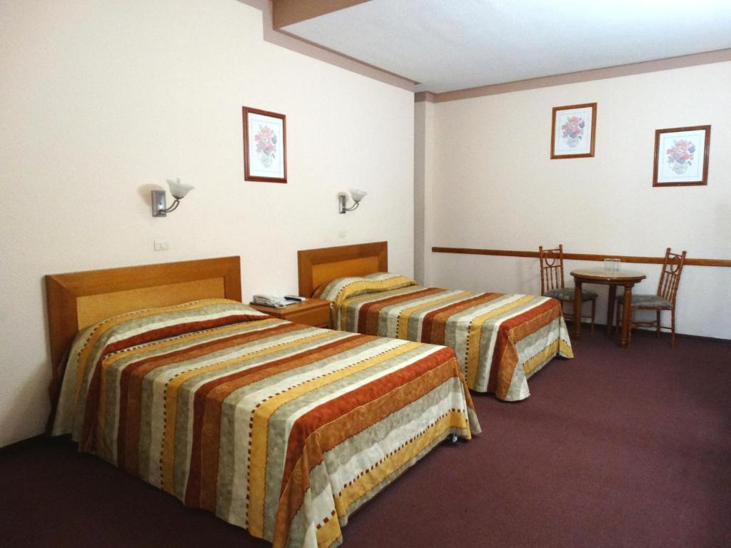 Отель Hotel Astromundo, Рейноса