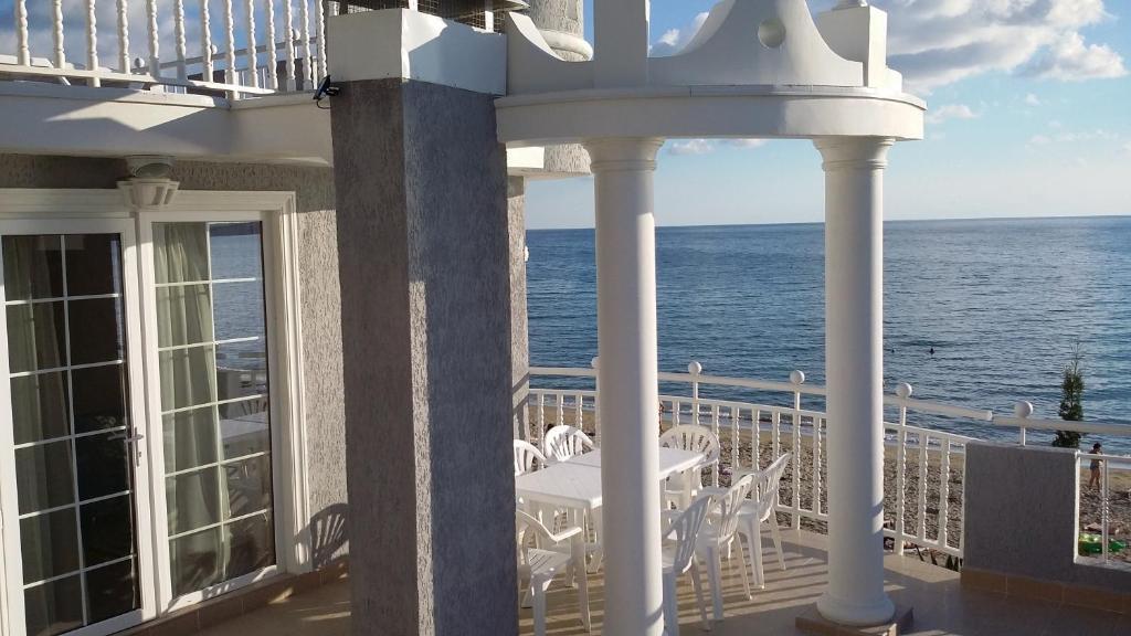 Отель Мраморный замок