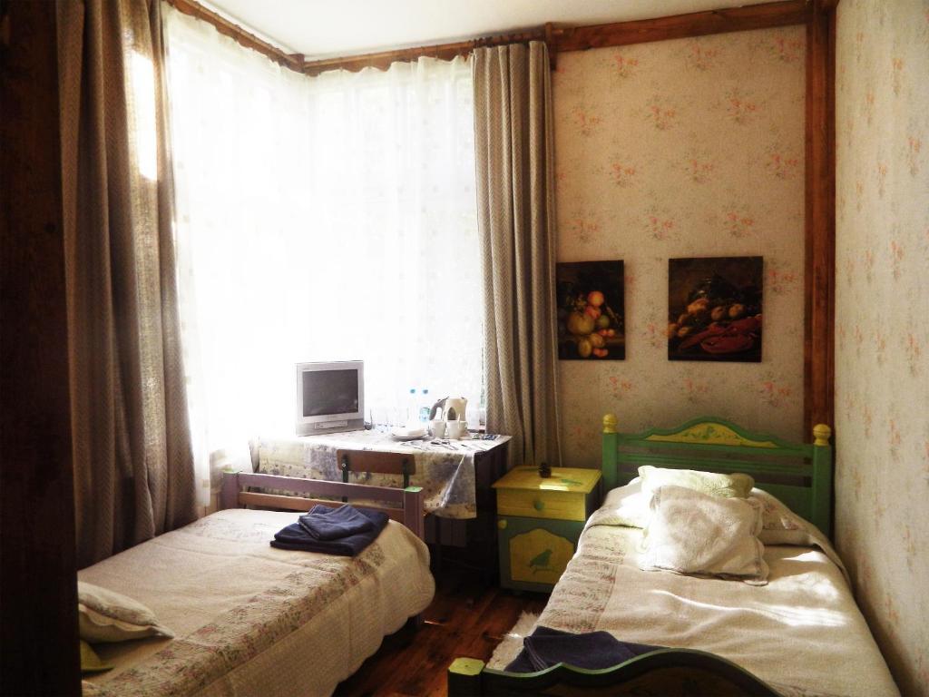 Отель Флигель