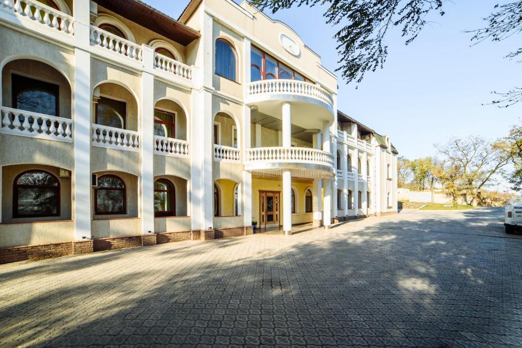 Отель Посейдон, Мариуполь, Украина