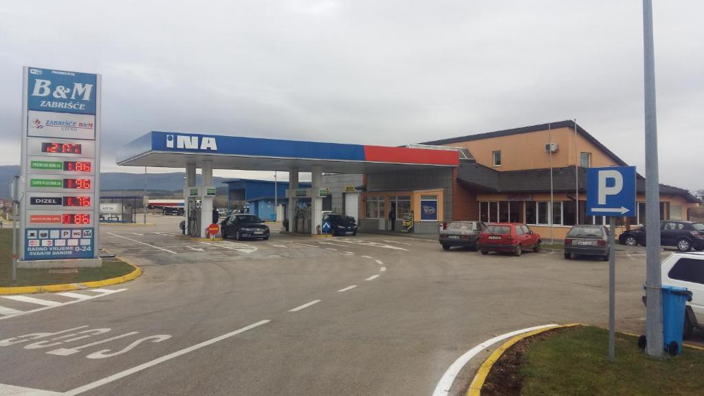 Zabrisce B&M, Ливно, Босния и Герцеговина