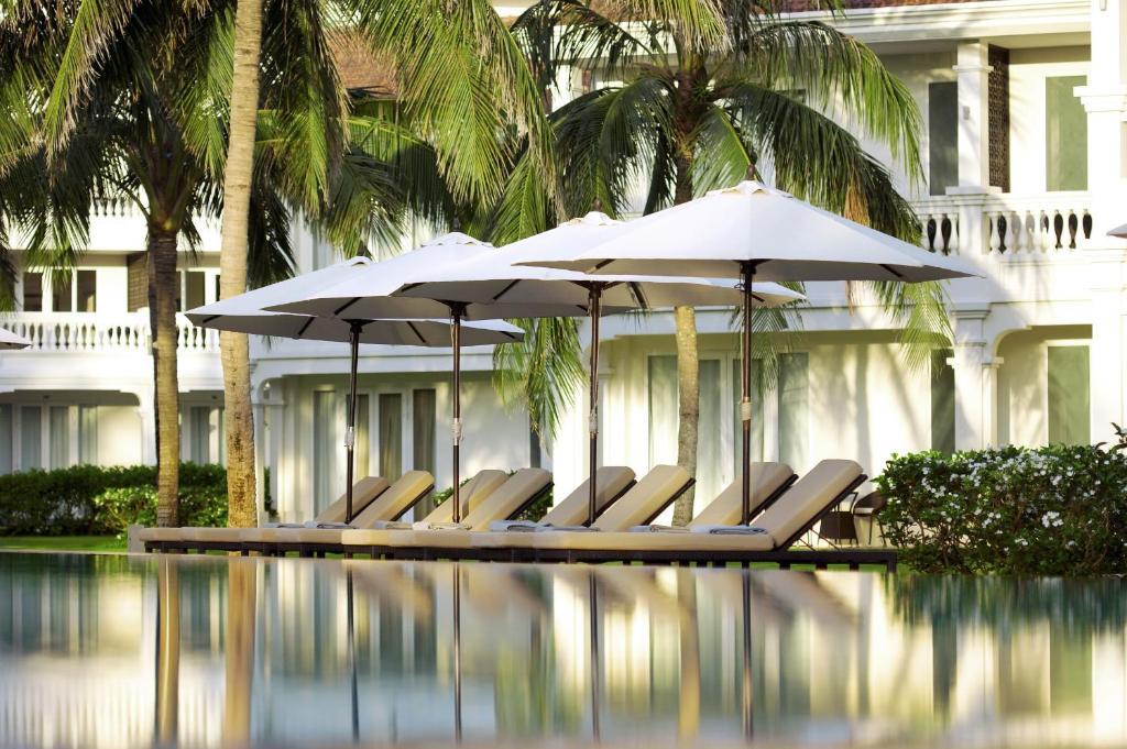 отзывы о roval casino resort