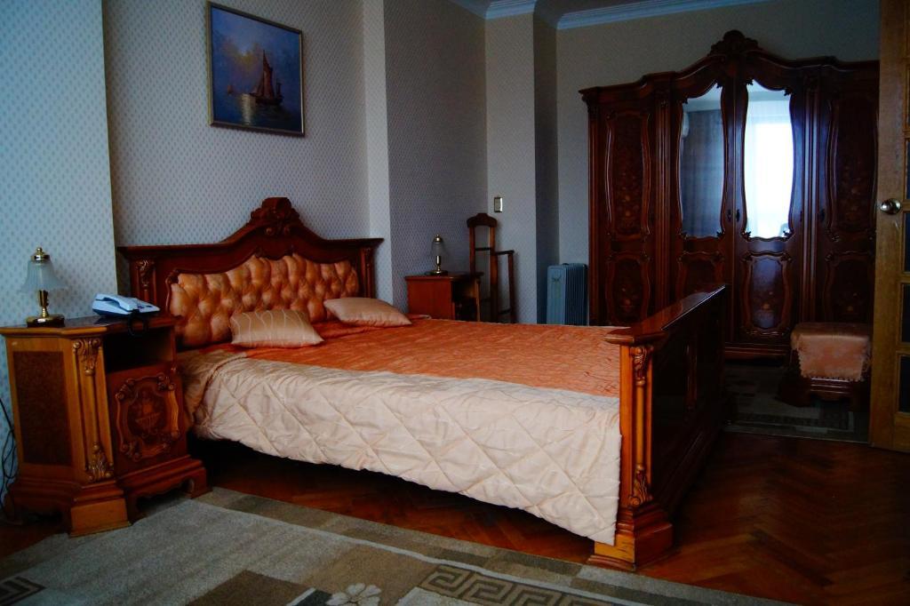 Отель Веста, Новокуйбышевск