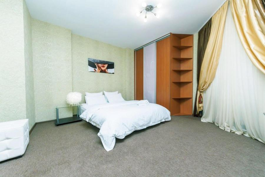 Poznyaky Premium Apartments, Киев, Украина